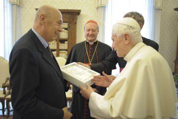 Papa Benedetto Controversie intorno la data di nascita di Gesù