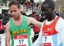 Fair play, Ivan Fernandez Anaya il gesto onesto nella corsa sportiva che fa applauidre il web (VIDEO)