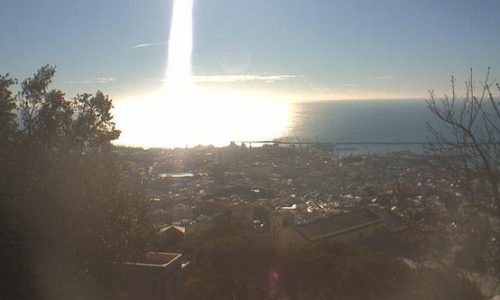 E la luce scende a Genova