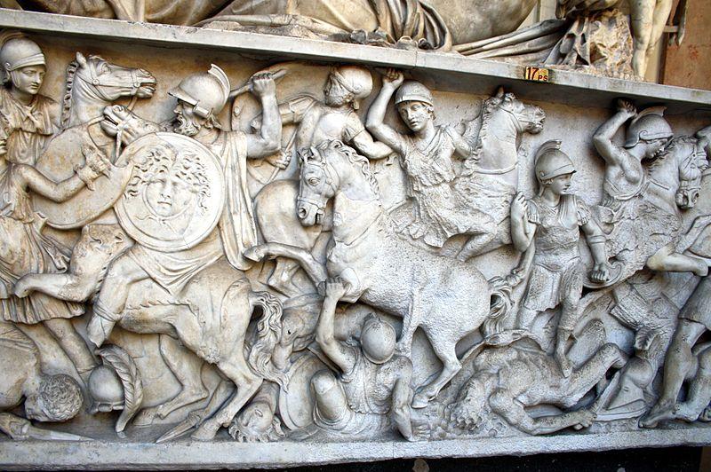 800px-5756_-_Museo_Pio-Clementino_(Roma)_-_Sarcofago_con_amazzonomachia_-_Foto_Giovanni_Dall'Orto,_10_Giu_2011