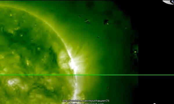 Breaking News! Dopo il brillamento solare intorno al sole arriva la flotta di UFO! 25 febbraio 2014
