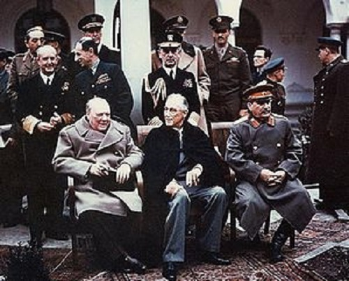 300px-Yalta_summit_1945_with_Churchill,_Roosevelt,_Stalin