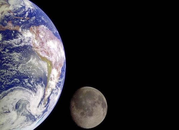 DNA-Terra-Luna
